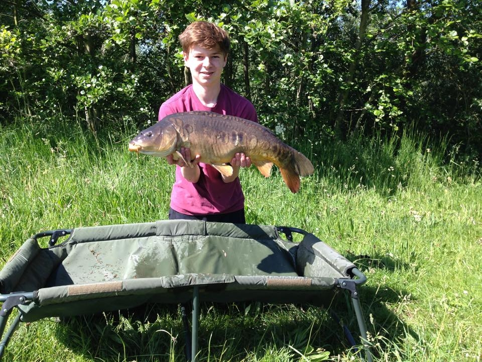 Elliot Roberts mate caught this 14lb carp at a night session on heritage lake on 6/6/15